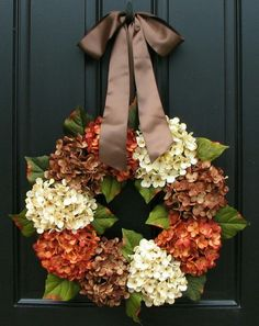 Beautiful Halloween wreath, I love the brown satin!
