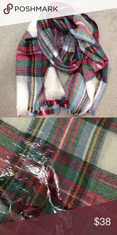 ❤️ LAST ONE!!! Blanket plaid scarf. New in bag (NIB) multicolor Accessories Scarves & Wraps