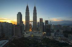 Petronas Towers Sunset - Kuala Lumpur Malaysia [3500 x 2334]