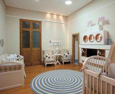 Suíte do bebê / Elaborado com madeira de demolição e o móvel em forma de barco madeira de reflorestamento - Designer de Interiores Guacira Lotufo Bonafé