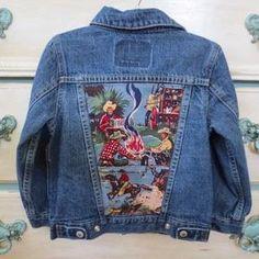 Boys Denim Jacket, Recycled Denim, Recycled Shirts, Denim Ideas, Denim Crafts, Jean Jackets, Denim Jackets, Denim Vests, Chic Clothing