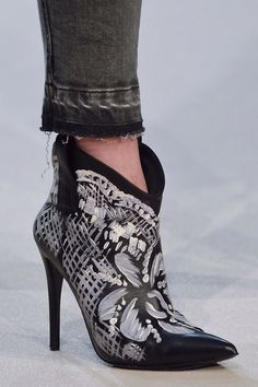 Total SHOE GLAM | ZsaZsa Bellagio - Like No Other