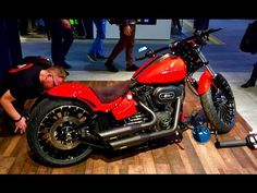 Best Custom Harley Davidson FXSB Softail Breakout - YouTube