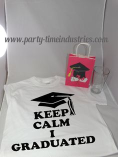 "College High School Graduation Gift Set Keep Calm I Graduated T-Shirt, ""Class of"" glass and gift bag"