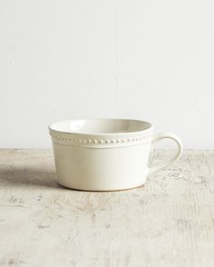 PUREE - 商品查詢 Shape And Form, Pottery Ideas, Handmade Pottery, Ceramic Pottery, Coffee Cups, Projects To Try, Objects, Artsy, Clay