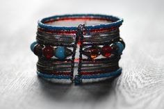 Je viens de mettre en vente cet article  : Bracelet Marque Inconnue 10,00 € http://www.videdressing.com/bracelets/marque-inconnue/p-5911793.html?utm_source=pinterest&utm_medium=pinterest_share&utm_campaign=FR_Femme_Bijoux+%26+Montres_Bijoux+fantaisie_5911793_pinterest_share