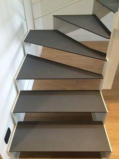 Scala interna con gradini in acciaio - Alfa Scale