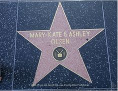 2013OCTOBER- Saw and took a picture with Mary Kate and Ashley Olsen's Hollywood Star.