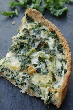 MÅRTENSSONS KÖK: Grönkålspaj med valnötter och ost