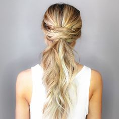 This Twisted Half Up Style is one of the easiest and most versatile hairstyles. It requires absolutely no products or styling tools. Adding a few twists to any basic hairdo automatically dresses it up Low Pony Hairstyles, 5 Minute Hairstyles, Night Hairstyles, Formal Hairstyles, Pretty Hairstyles, Wedding Hairstyles, Ponytail Updo, Twist Ponytail, Low Ponytails