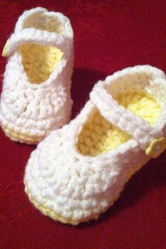 Cute little crochet baby shoes I made using the Mary Jane free pattern from Knotty Knotty Crochet ... Thanks