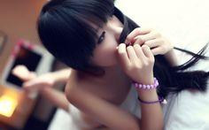 asian oriental face eyes hair brunette pose mood room bed women female girl model