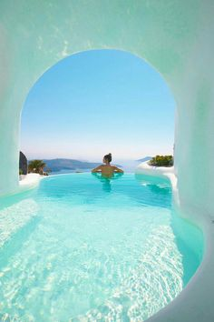 Whitewashed Interiors and Envy-Inducing Pools at Dana Villas in Santorini : Cave pool in Santorini A stunning collection of whitewashed suites and envy-induced pools, Dana Villas will fulfill everyone's dream vacation in Santorini. Dana Villas Santorini, Santorini Travel, Santorini Greece, Santorini Honeymoon, Santorini House, Greece Honeymoon, Honeymoon Hotels, Greece Sea, Holiday Destinations