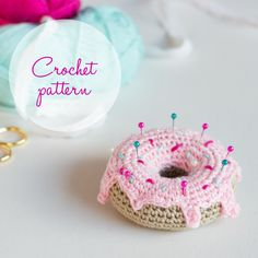 Hello myfriends! Today I will show you how to create thiscute little donut. I am using 100% cotton DK weight yarn in beige for the donut, light shade of pink for the icing and darker shade of pin…