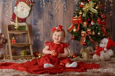 Christmas Stage, Christmas Mini Sessions, Babies First Christmas, Christmas Baby, Christmas Pictures Outfits, Family Christmas Pictures, Holiday Photos, Natal Baby, Birthday Photo Displays