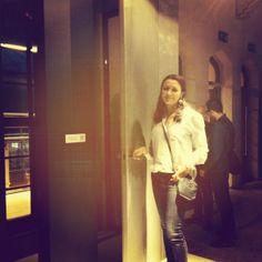 Dzielnie walczymy w doborowym składzie ;) #piudesign #wroclovedesign #concrete #design #door #wroclaw
