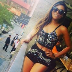Bonang Matheba Cool Outfits, Casual Outfits, Body Confidence, Queen B, African Women, Her Style, Nice Dresses, Yves Saint Laurent, Most Beautiful