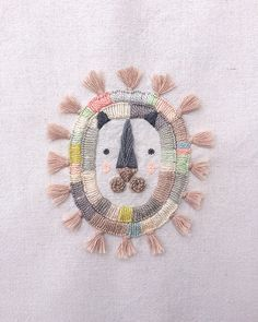 Hand embroidered Lion mask by Miga de Pan