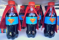 Avengers birthday party drinks See more party ideas at Marvel Birthday Party Drinks, Superman Birthday Party, Avengers Birthday, Batman Party, Boy Birthday, Superhero Party Food, Birthday Ideas, Avenger Party, Fête Spider Man