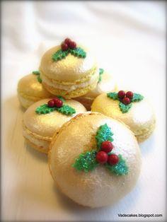 Christmas Macarons.