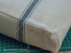 Difference in impact due to solids and pressureDifference in impact due to solids and pressureUpholstery and fabric French Mattress Pillow Tutorial - August BluesAugust Blues - Edge in Solidity vs. Pressure Impact Difference in French Mattress Cushion Diy, Diy Mattress, Diy Cushion, Cushion Covers, Pillow Covers, Daybed Covers, Cushion Tutorial, Pillow Tutorial, Outdoor Cushions