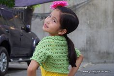 Free Crochet Pattern: Aida Shrug , a kid's bolero crochet pattern with photo tutorial in each step to guide you