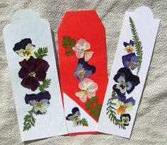pressed flowers bookmarks handmade, diy Flower Preservation, Diy Bookmarks, Paper Crafts, Diy Crafts, How To Preserve Flowers, Projects To Try, Crafting, Sewing, How To Make