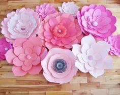 DIY Paper Flower Backdrop Ivory Cream White by DreamEventsinPaper