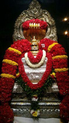 Om Namah Shivaya Shiva Linga, Shiva Shakti, Hanuman Pics, Shani Dev, Rudra Shiva, Ganesh Chaturthi Images, Shiva Photos, Sai Baba Pictures, Lord Shiva Hd Images
