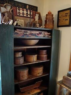 Firkins~Lori's house, love her dolls and small quilts