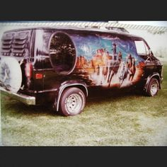 A very late #vanmuralmonday cause i had no time yesterday #vannin #vanning #vannindays #customvan #dodgevan #boogievan #rollingheavy
