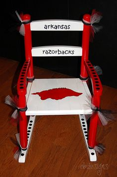 Cute! This repin is for all my friends who are Razorback fans. :)