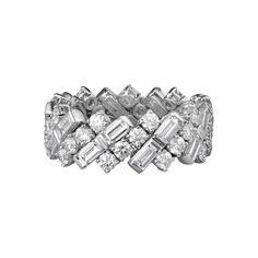 WEDDING BAND White gold, diamonds REF: N4249900 This soft and sensual ring is an expertly created piece, reflective of Cartier's jewelry-making savoir-faire. Fully articulated to embrace every move of the finger, the setting is entirely masked by a glittering veil of elegantly interwoven baguette-cut and brilliant-cut diamonds. 18K white gold band set with baguette-cut and brilliant-cut diamonds.