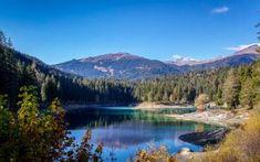 2-Seen-Wanderung vom mystischen Crestasee zum malerischen Caumasee Seen, Switzerland, Mountains, Nature, Travel, Spaces, Winter, Forest House, Flims