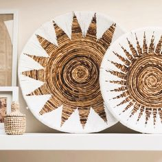 Another wall decor Wednesday 💛 ⠀⠀⠀⠀⠀⠀⠀⠀ Baskets On Wall, Hanging Baskets, Animal Sewing Patterns, Bedroom Decor, Wall Decor, Shelf Display, Front Door Decor, Bohemian Decor, Plates On Wall