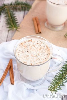 Eggless Eggnog - In just 2 minutes, you can whip up a batch of this delicious creamy eggfree eggnog! It's also dairy-free, Paleo-friendly, and delicious with almond milk or coconut milk - your choice! Almond Milk Recipes, Raw Food Recipes, Vegetarian Recipes, Low Carb Eggnog Recipe, Paleo Dairy, Paleo Food, Banting Recipes, Dairy Free Recipes, Gluten Free