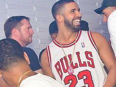 Drake's Beard, Rock Hard Abs Breaking TheInternet—Making Y'All Thirsty - Popdust
