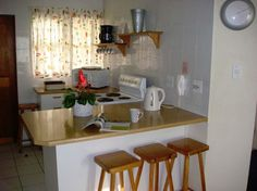 View Amies Self Catering Apartments and all our other Accommodation listings in Cape Town. 3 Bedroom Apartment, Very Well, Cape Town, Apartments, Catering, Self, Furniture, Home Decor, Heidelberg