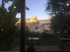 A room with a view ... It makes certainly your Monday morning better!  www.grandtourglobe.com   Grand Tour Globe Miranfilm Production Mikele Ferra  #aroomwithaview #mondaymorning #monday #luxuryworldtraveler #livelaughtravel #lonelyplanet #sceniclocations #wanderlust #ig_trinacria #sicilialovers #sicilianinsta #sicilianjourney #whatsicilyis #sicily #travel