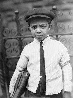 1910 Italian child, New York. Photo: #creditmissing