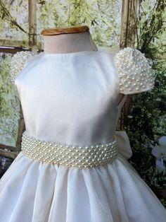 Vestido Daminha Super Luxo Pérolas