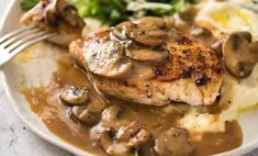 Juicy, pan seared chicken with mushroom gravy. The gravy is to die for! Great quick one for midweek that's guaranteed to please everyone. Chicken Mushroom Gravy, Mushroom Sauce, Pan Seared Chicken, Chicken Steak, Recipetin Eats, Midweek Meals, Greek Recipes, Dinner Tonight, Entrees