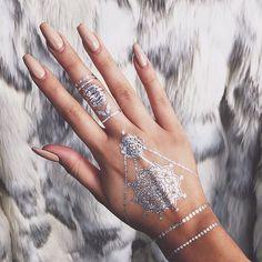 Temporary Metallic Tattoo