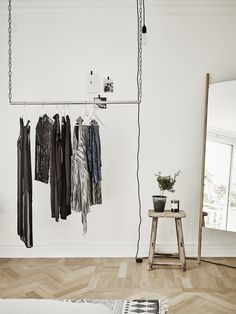 diy clothes rack - Entrance Fastighetsmäkleri