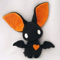 Black and orange felt bat!  Spooky cute!