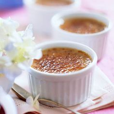 earl grey creme brulee ~ Serve this rich custard dessert to your tea drinking friends. The tea adds a unique flavor. Custard Desserts, Just Desserts, Delicious Desserts, Dessert Recipes, Yummy Food, Custard Recipes, French Desserts, High Tea, Afternoon Tea