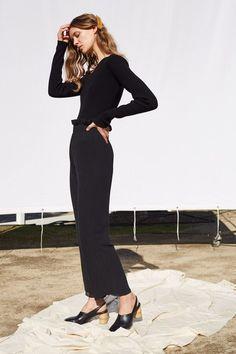Sartorial Elegance — Shaina Mote - Fall 2017 Ready-to-Wear Fashion 2017, Daily Fashion, Love Fashion, Runway Fashion, Fashion Show, Womens Fashion, Fashion Trends, Vogue Russia, Fashion Seasons