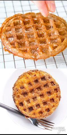 Keto Chaffles Recipe Ways! Köstliche Desserts, Low Carb Desserts, Low Carb Recipes, Healthy Recipes, Waffle Maker Recipes, Comida Keto, Keto Bread, Keto Dinner, Keto Snacks