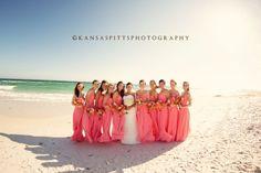 Damas en color Coral en la Playa