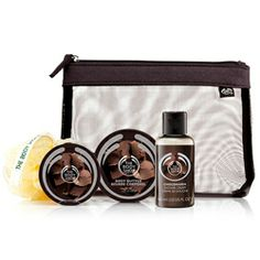 Chocomania gift bag, perfect for a stocking stuffer or gift grab! #thebodyshop #giftideas